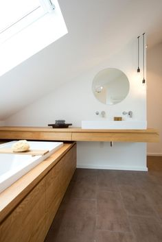 Finde Moderne Badezimmer Designs: Bad Im Dachstudio. Entdecke Die Schönsten  Bilder Zur Inspiration Für