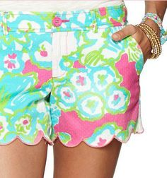 Lilly Pulitzer Buttercup Scallop Hem Short in A Delicacy
