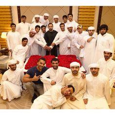 Majid Bin Mohammed Bin Rashid Al Maktoum celebrando su cumpleaños junto a sus amigos, 16/10/2014. Foto: Abdulla Saeed BinThalith (asmbinthalith). Vía: hhsheikhmajid