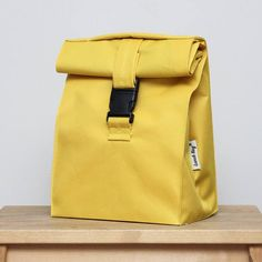 Lunch bag for women lunch bag insulated women lunch bag gift lunchbag lunch bag adults bag sandwich bag picnic bag best gift : Lovely yellow bag. Adult Lunch Bag, Sac Lunch, Kids Lunch Bags, Kids Bags, Best Lunch Bags, Best Bags, Lunch Ideas, Mens Lunch Bag, Boite A Lunch