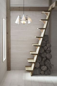 70 Clever Loft Stair Design for Tiny House Ideas – Insidexterior 30 Versatile Decorating of Stairs Ideas Design Tiny House Stairs, Attic Stairs, Stairs To Loft, Open Staircase, Staircase For Small Spaces, Space Saving Staircase, Basement Stairs, Escalier Art, Simple Chandelier