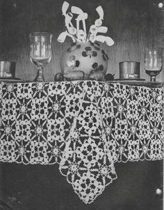 Pdf vintage 1940s tablecloth crochet pattern filet crochet wreath vintage 1940s tablecloth crochet pattern retro home decor dining table table setting dt1010fo