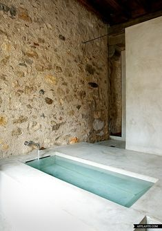 Amazing Stone House In Catalonia | Afflante.com