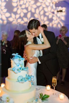 Love the lighting! Hilton Waterfront Resort Wedding from Elevated Pulse