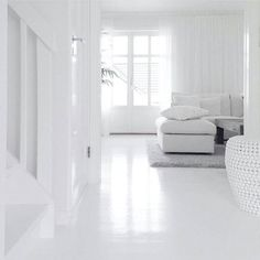All white inspo from Living Room Sets, Living Room Furniture, Living Spaces, Interior Styling, Interior Decorating, Interior Design, The Way Home, White Rooms, Scandinavian Home