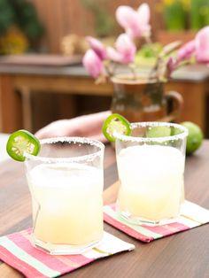 Caramba recipe from Geoffrey Zakarian via Food Network (Season 5 -- Spicy Favorites) Refreshing Drinks, Summer Drinks, Fun Drinks, Beverages, Cocktails For Parties, Cocktail Drinks, Fruity Cocktails, Alcoholic Drinks Jello Shots, Geoffrey Zakarian