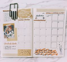 What do you love about September? Autumn leaves, football games, a new fall wardrobe…use your favorite items to create your September bullet journal spread. We'll talk about ideas and I'll show you 11 inspiring spreads you can try in your bujo. 2017 Bullet Journal, Creating A Bullet Journal, Bullet Journal Monthly Spread, Bullet Journal Aesthetic, Bullet Journal Ideas Pages, My Journal, Journal Pages, Bujo September, Bujo Monthly Spread