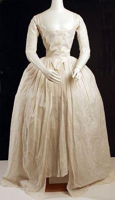 Robe à l'Anglaise    1780    The Metropolitan Museum of Art