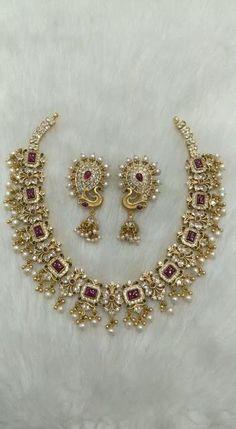 Silver Wedding Jewelry, Indian Wedding Jewelry, Wedding Jewelry Sets, Silver Jewelry, Indian Gold Necklace, Silver Jewellery Indian, Gold Chain Design, Neck Chain, Necklace Designs
