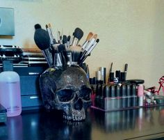 https://www.etsy.com/listing/252728694/skull-make-up-brush-holder