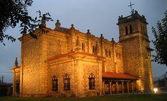 Iglesia de San Vicente Mártir en Los Corrales de Buelna