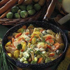 Gemüsepfanne mit Käsesoße Rezept   LECKER