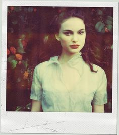 "Pinner writes: ""Love this photo of Natalie Portman/ She looks like Snow White."" I agree!"