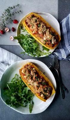 {RECIPE} Roasted Delicata Squash with Lamb and Vegetables #ThanksgivingRecipes #thanksgiving #lamb #recipes