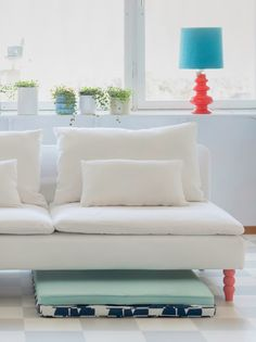 pieds de canapé funky (Ikea SÖDERHAMN sofa with bemz covers)