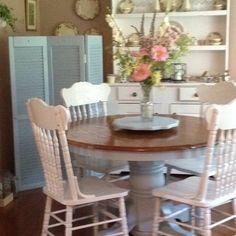 Painted table and chairs - love the finished table top and painted bottom.
