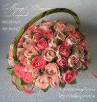 """Gallery.ru / Букет """"Миллион алых роз""""с конфетами Ферреро Роше - Корзины с цветами и конфетами 400-1200 грн. - monier"""