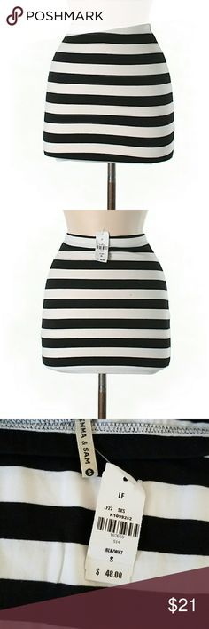 """NWT LF Black White Striped Mini Bodycon Skirt Brand new with tags. Cute mini skirt. Black & white stripe. Pull-on fit. By Emma & Sam, from LF. 14"""" Length. 47% Cotton/47% Polyester/6% Spandex.   Like most things from LF, this skirt runs a little small. I have Sz XS & S available, which seem to fit more like XXS & XS. There is stretch in the material, so it is a little forgiving.   If unfamiliar, LF is a x b/t UO, Free People & Brandy Melville   Check out my closet for more NWT & LF items to…"""