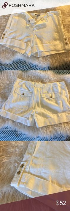 NWT Vince Camuto linen shorts size 14 BNWT Vince Camuto linen shorts. Off white. Flat front, cuffed hem. Light and airy. Can be dressed up or down on warm summer evenings. Size 14. True to size. Vince Camuto Shorts