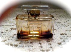 Lucien LeLong Taglio Perfume 1930 Hand Blown by ScarlettsFancies, $22.00