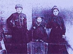 This may be a baby picture of Paulita Maxwell with two of her cousins! Old Photos, Vintage Photos, Pat Garrett, Billy The Kids, Her Brother, Baby Pictures, Cousins, Family History, Lincoln