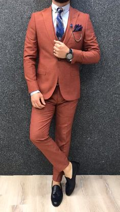Slim-Fit in Orange Blazer Outfits Men, Mens Fashion Blazer, Outfits Casual, Stylish Mens Fashion, Stylish Mens Outfits, Suit Fashion, Mode Outfits, Mens Casual Suits, Classy Suits
