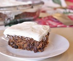 An old-fashioned dessert that was especially popular in the Poor Mans Cake is sometimes known as Depression Cake. Try it with a cream cheese frosting such as the one we use on our Best Ever Carrot Cake. Depression Era Recipes, Baking Recipes, Cake Recipes, Dessert Recipes, Eggless Recipes, Cheap Recipes, Cheap Meals, Poor Mans Cake Recipe, Gourmet