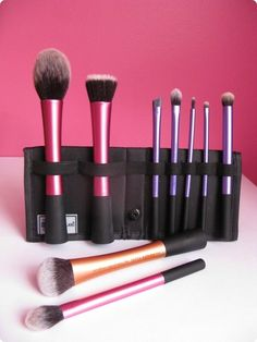 My Fav Real Techniques brushes & why? See more product reviews on http://bellashoot.com or click image
