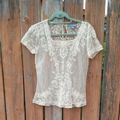 Anthropologie (Lil) Lace blouse-xs cream Size xs  Cream Exquisite lace top Very delicate In like-new condition Barely worn Anthropologie Tops Blouses