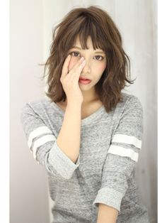 (K two) ?K-two? Medium Hair Styles, Curly Hair Styles, Medium Layered Haircuts, Layered Lob, Poses References, Permed Hairstyles, Asian Hair, Gorgeous Hair, Hair Designs
