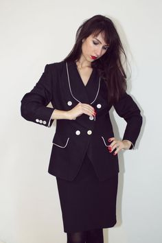 Laurel Escada vintage 90s jacket blazer woman by woolpleasure, $79.00