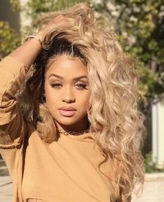 brown black queens girl with blonde hair up Blonde Weave, Blonde Ombre, Weave Hairstyles, Girl Hairstyles, Black Hairstyles, Blonde Hair Girl, Rihanna Blonde Hair, Curly Hair Styles, Natural Hair Styles