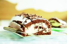Chocolade cakerol met advocaatslagroom