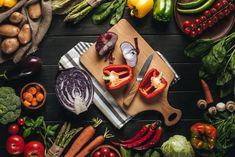 Surová cibuľa je zázrak pre ženy každého veku: Keď s ňou urobíte toto, rozpúšťa tuky ako nič iné! Vegetable Stock Image, Fresh Vegetables, Dairy, Organic, Cheese, Food, Spices, Vitamins, Food Items