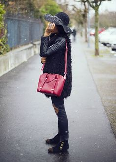 -black-destroyed-jeans-floppy-hat-faux-fur-coat-leather-biker-style