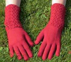 Red Bubble Textured Knitted Touchscreen Gloves by missmatti, Knitwear Fashion, Bubbles, Gloves, Texture, Trending Outfits, Handmade Gifts, Red, Etsy, Surface Finish