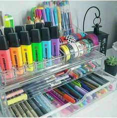 Repurpose makeup organizer for your markers, pens, highlighters and washing tape Stationary Store, Stationary Supplies, Cool Stationary, Stationary School, School Organization, Makeup Organization, Organisation Ideas, Cute School Supplies, Craft Supplies