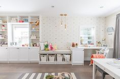 Love It Or List It Vancouver: Jeanine & Norman. How adorable is this children's playroom?!?!