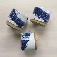 Night sky in the early morning light ? Ceramic Tableware, Ceramic Plates, Ceramic Pottery, Pottery Art, Ceramic Art, Japanese Ceramics, Japanese Pottery, Modern Ceramics, White Ceramics