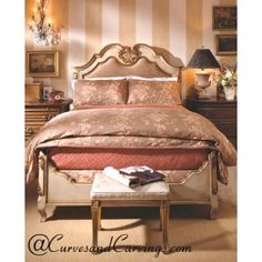 Curves & Carvings Classic Collection Bed - C&C BED0011
