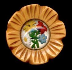 Vintage Button....Lovely Intaglio Glass Set in Bakelite...Flower Bouquet