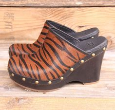 UGG Australia Womens Marsalis Exotic Chestnut Zebra Clogs Boots US 5 UK 3.5  EU36