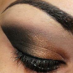 Gold & black party eye makeup