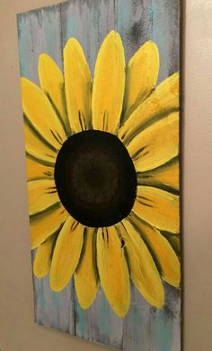How To,Reclaimed Wood Art, sunflower sign, custom reclaimed wood decor. Personalized… How To Make Wood Art ? Wood art is generally the task of shaping arou. Arte Pallet, Pallet Art, Pallet Beds, Diy Pallet, Pallet Wood, Sunflower Wall Decor, Sunflower Decorations, Sunflower Crafts, Wood Decorations