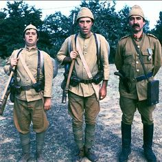Yeşilçam´ın görülmemiş kareleri | Halit Akçatepe, Kemal Sunal, Şener Şen Charlie Chaplin, Turkish Actors, Good Movies, Awesome Movies, I Movie, Actors & Actresses, Military Jacket, Nostalgia, Bomber Jacket