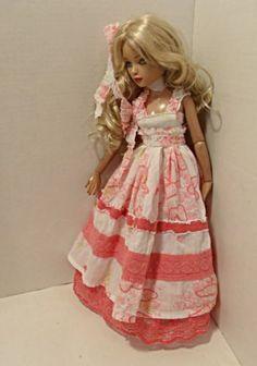 ELLOWYNE, CORAL DRESS, by tweetweed via eBay, SOLD 2/14/14  $28.00
