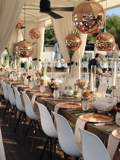 A beautiful modern wedding setting at L'Horizon Resort and Spa in Palm Springs, CA. Magical floral and design by Luna of Arrangements Floral and Party Design! Wedding Sets, Palm Springs, Floral Arrangements, Table Settings, Product Launch, Table Decorations, Furniture, Copper, Modern