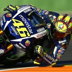 How low can you go !!!!! #yamaha #vr46