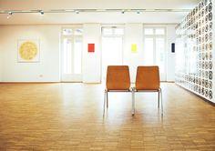 Runter vom Sofa und raus in die schöne weite Welt! Zwei Künstler, Markus Jäger und ONUK, zeigen uns mit ihrer Kunst einen Teil unserer Welt, den viele von uns gar nicht so schön finden: das achtlos Weggeschmissene.