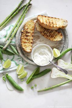 lime ricotta crostini